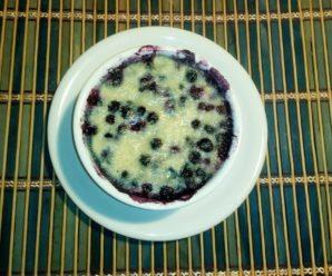 Clafoutis cu afine (cu lapte vegetal, de ovaz, facut in casa)