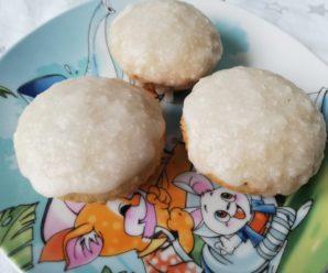 Briose cu nuca de cocos
