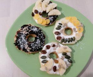 Apple donuts (no bake)