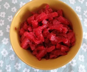 Mancare de gulie si sfecla rosie